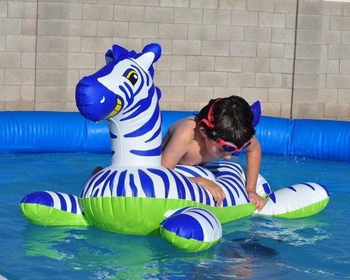 Bien choisir son type de piscine hors sol en kit - Quelle piscine hors sol choisir ...